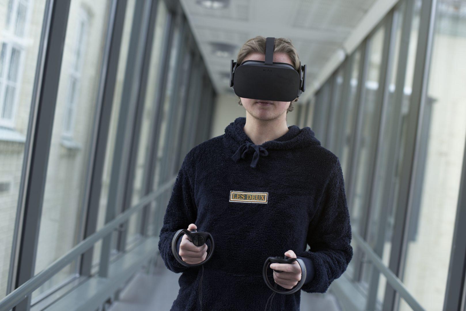 Lukas vgs VR teknologi spesialisten på helse- og oppvekstfag